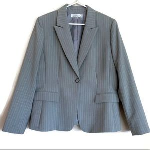 Tahari striped blazer button front